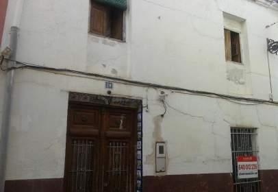 Chalet pareado en calle de Esglèsia, nº 24